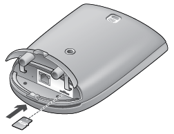 Alert Commander inserting microsd into outdoor Inserimento della scheda microSD nella telecamera