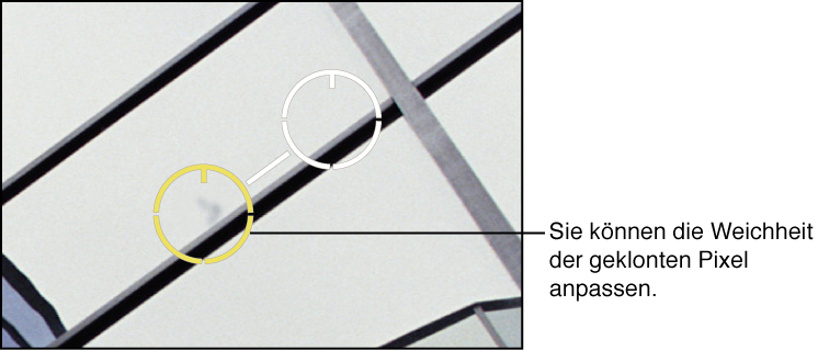 """Abbildung. Angleichung der Weichheit der Pixel innerhalb der Überlagerung """"Reparaturstempel"""" für den Zielbereich."""