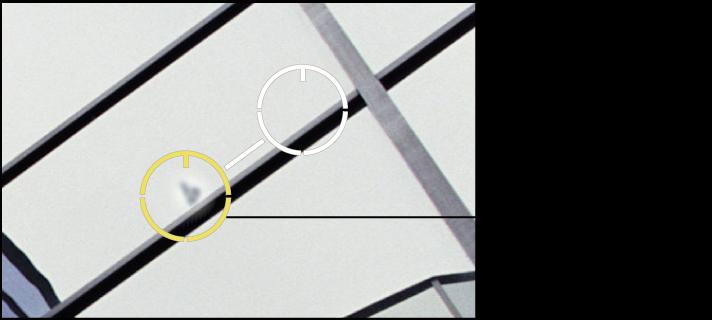 """图。 图示为""""修复和修补""""目标叠层中像素的细节调整。"""