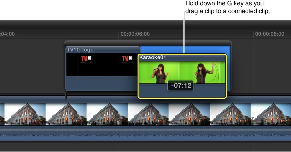 按住 G 键时将片段拖到连接的片段,来创建故事情节