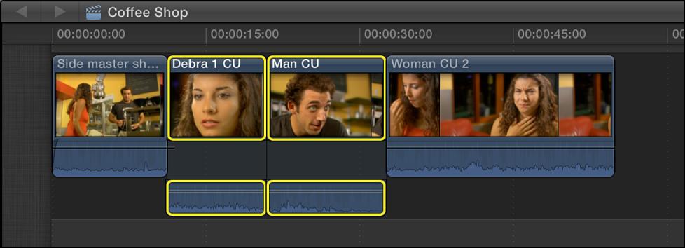 时间线中两个相邻的所选片段,其中音频已展开
