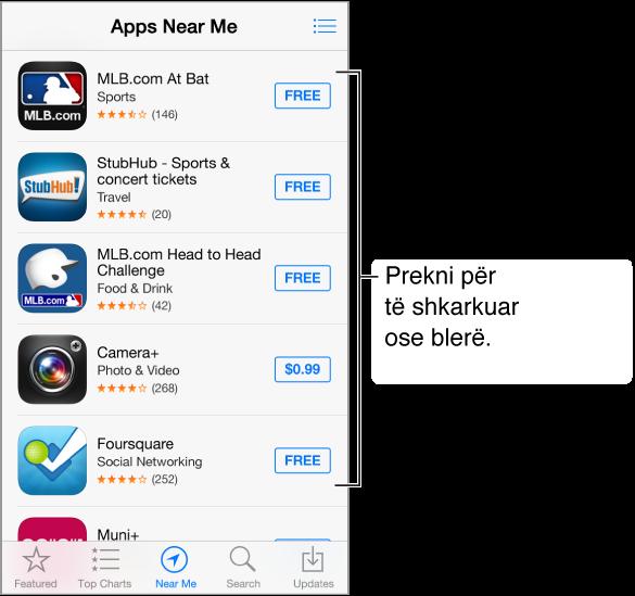 Ekrani Apps Near Me që shfaq disa aplikacione në lidhje me bejsbollin. Butoni Wish List ndodhet në pjesën e sipërme djathtas. Përgjatë pjesës së poshtme, nga e majta në të djathtë, ndodhen skedat Featured, Top Charts, Near Me, Search dhe Updates.