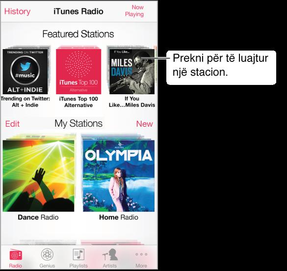 Ekrani i iTunes Radio, me butonat History në këndin e sipërm majtas. Pranë pjesës së sipërme të ekranit ndodhet radha e stacioneve të promovuara. Poshtë ndodhen stacionet që keni krijuar ju, me butonin Edit në qendër majtas të ekranit.
