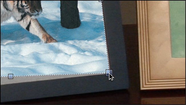 Canvas mit einem Objekt, das mit dem Werkzeug für vier Ecken geändert wird.