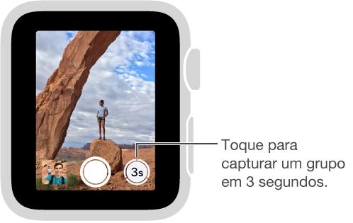 Ao olhar para o visor do controle remoto da câmera no AppleWatch, o botão Timer aparece no canto inferior direito.