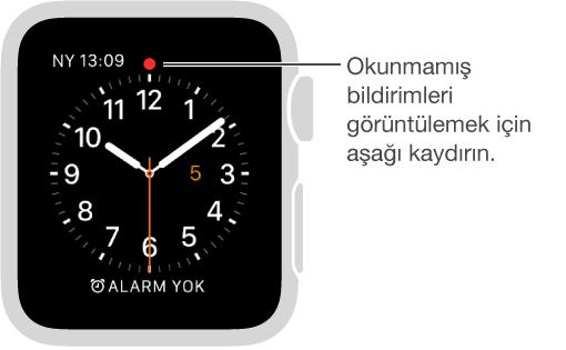 Bakmanız gereken bir bildirim olduğunda saat kadranınızın saat on iki konumunda bir kırmızı nokta görüntülenir. Görüntülemek için aşağı kaydırın.